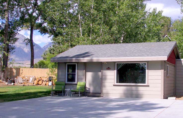 Horse And Dog Friendly Bishop California Cabin Self Catering