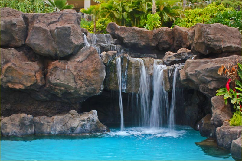 Ho 39 olei luxury villa rental grand wailea beach 3 bedroom for Luxury pools with waterfalls